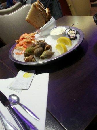 Taverne des Halles: Crevettes et Bulots