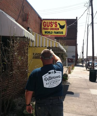 Gus's World Famous Fried Chicken : Absolutely the best I've ever had!