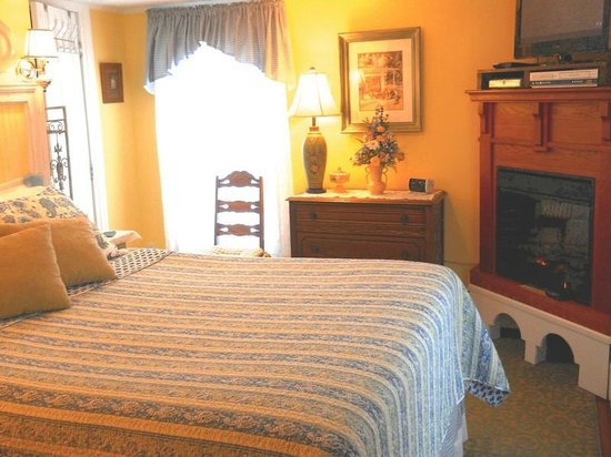 Piney Hill Bed & Breakfast: Emma Ruffner Rogers room