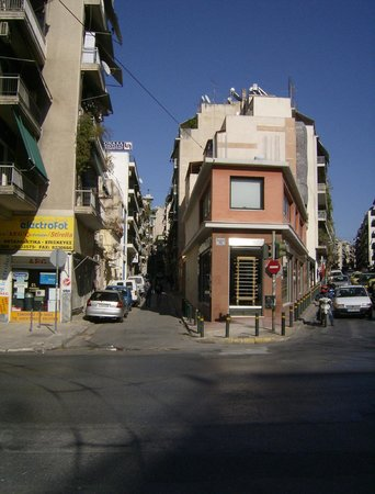 Oscar Hotel: Neighbourhood - Lyossion boulevard