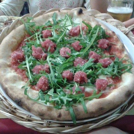 Machere: Pizza Raffaella