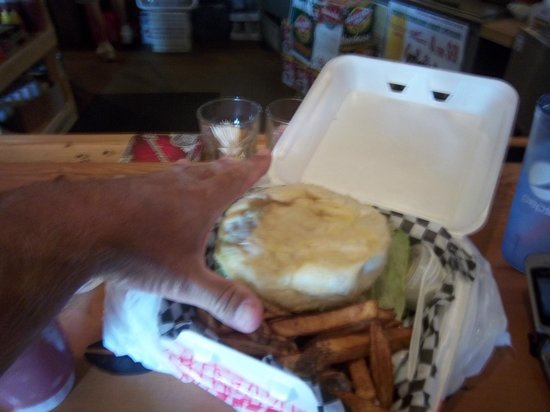 Gronk's Grill and Bar: Huge updise-dwon burger