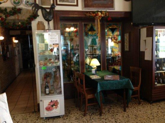 Antica Trattoria La Fossetta: interno bar