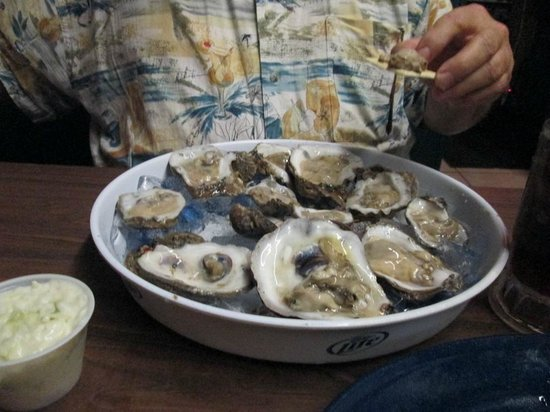 Lee & Rick's Oyster Bar : Oysters from Leek and Rick's Oyster Bar