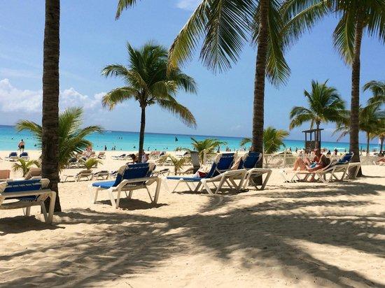 Hotel Riu Palace Riviera Maya: Hermosa playa