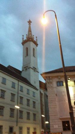 Augustinerkirche: Il campanile della Chiesa