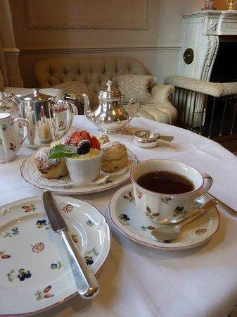 Egerton House Hotel : Cream tea