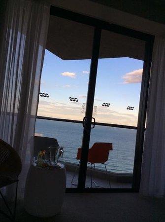 QT Gold Coast: ocean view is worth it!