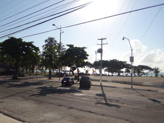 Meridiano Hotel: Vista da praia