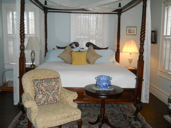 The Inn at Grays Landing: The Capehart Suite at the Inn at Gray's Landing