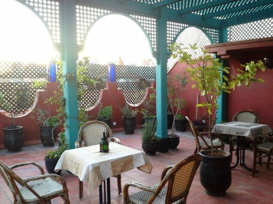 Riad Boutouil: Terrasse du riad