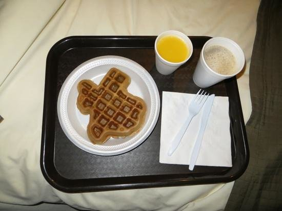 Comfort Inn & Suites: Texas-shaped blueberry waffles!