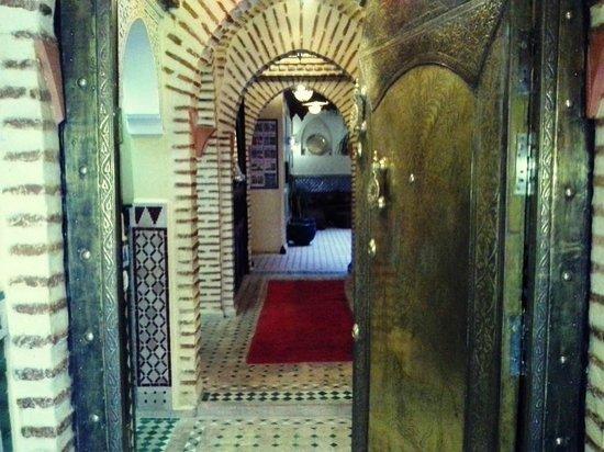 Riad Boutouil: Entrée