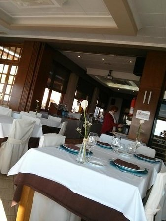 Voramar Hotel: Dining room!