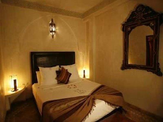 Riad Boutouil: chambre