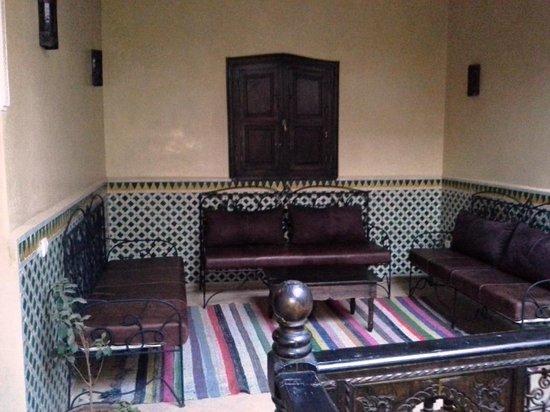 Riad Boutouil: Salon etage