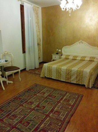 Bed And Breakfast Ca' Luisa: room