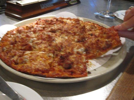 Thin curst Meet At Broadway pizza Medium size