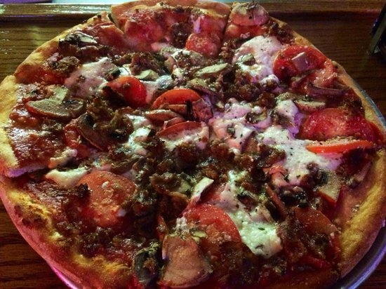 Petrillo's Italian Restaurant and Pizzeria : A Great  N.Y Style Pizza!