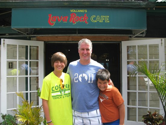 Hapu'u Fern Cottage at Volcano Village: Lava Rock Cafe close to Hapu'u Fern Cottage