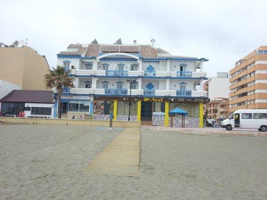 Hotel Dona Luisa: Hotel visto dalla spiaggia