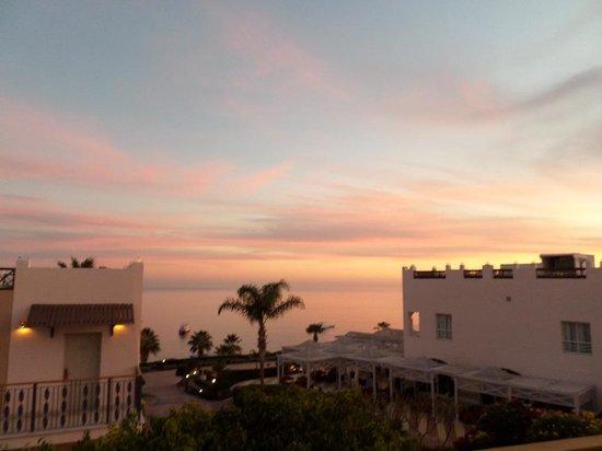 Concorde El Salam Hotel: Sunset