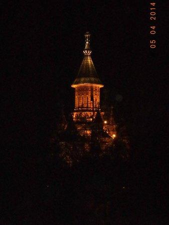Savoy Hotel: Вид из номера ночью