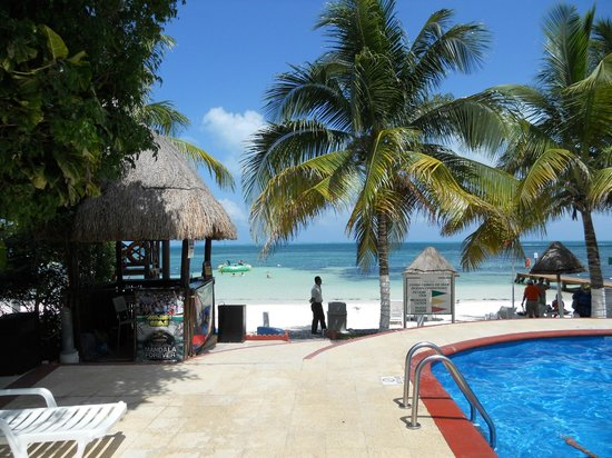 Holiday Inn Cancun Arenas: playita