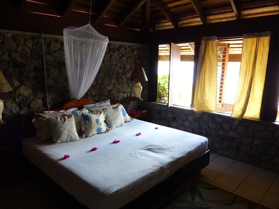 Hummingbird Beach Resort: Standard Room #9