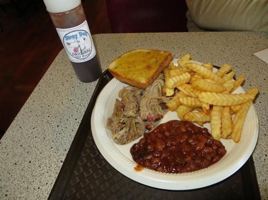 Van Buren, MO: Pulled pork plate-awesome Texas toast!