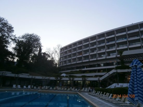 Corfu Holiday Palace: View of hotel from pool area