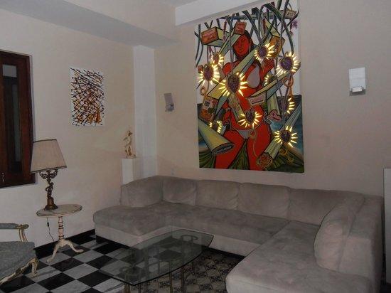 Da House Hotel: Salón interior