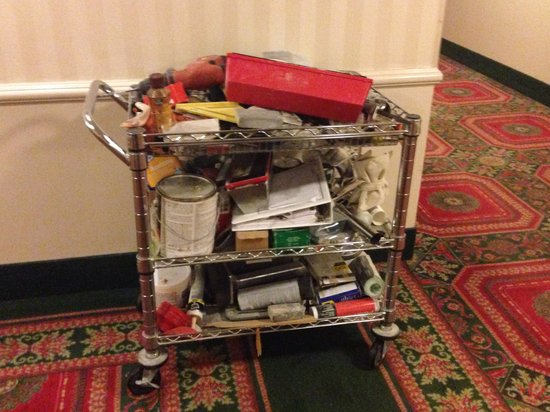 The Madison Hotel: Renovation's cart in the hallway?