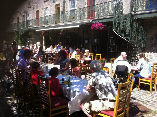 Dillons Bar & Restaurant: Heritage Day