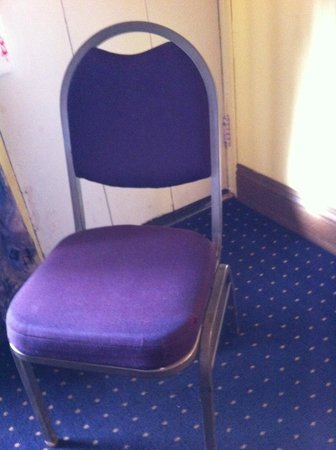 Lighthouse Lodge & Cottages: chair