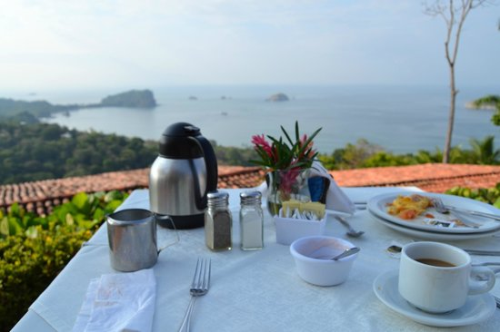 La Mariposa Hotel: Can't beat the daily breakfast view