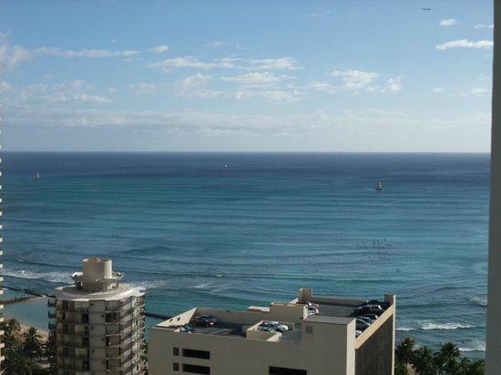 Aqua Pacific Monarch: 部屋からの眺めは高層階ならではです