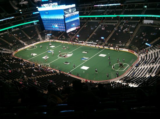 Pepsi Center: Colorado mammoth vs edmunt rush on 11th April 2014