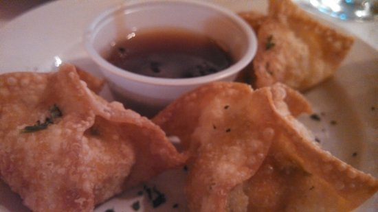 Blue Dog Cafe: Seafood Wontons