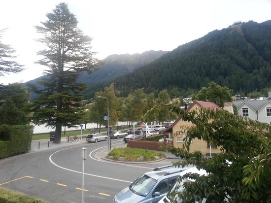 Novotel Queenstown Lakeside : View from room 219