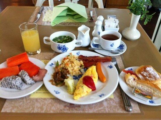 Montien Hotel Bangkok: 朝食!Breakfast