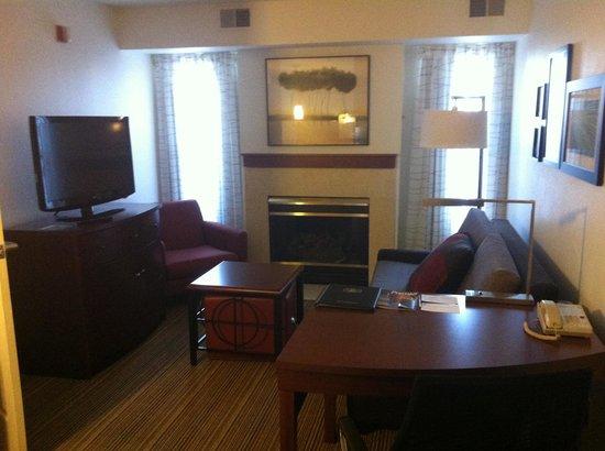 Residence Inn Youngstown Boardman/Poland: Living Area