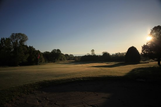 Cornerstone Golf Club: Sunrise on the 9th fairway.