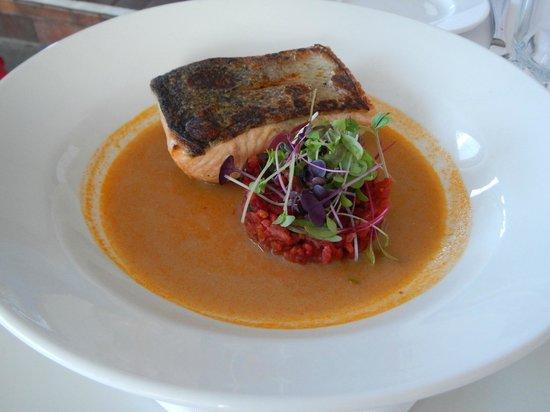 Aqua Linea: Oven-grilled Salmon