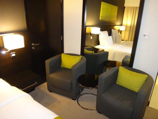 Pullman Dubai Creek City Centre: the room