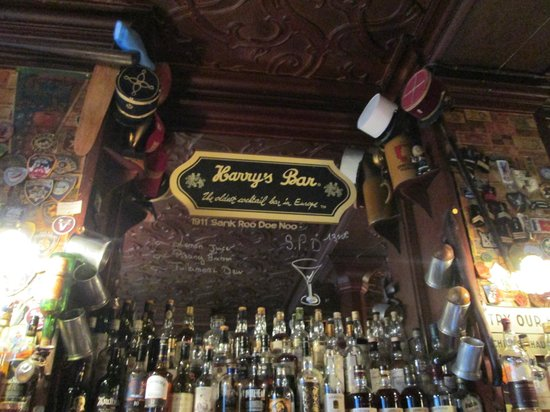 Harry's New York Bar: Claim to fame - oldest bar in Europe