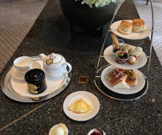 The Sukhothai Bangkok : High tea!