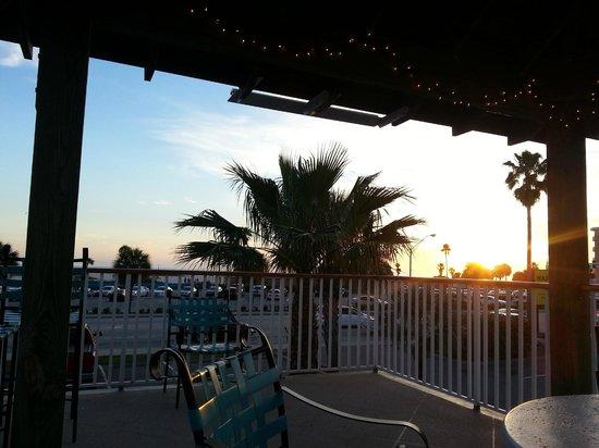 Treasure Bay Resort & Marina: rooftop patio