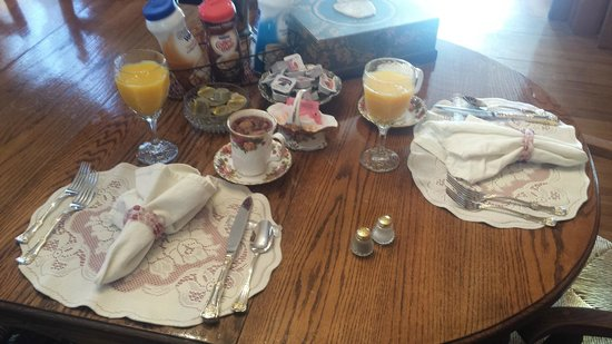 Gables: Breakfast
