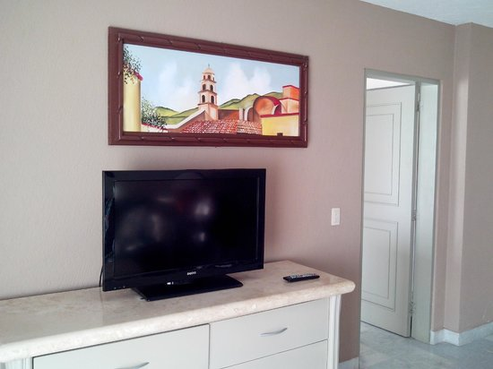 The Palms Resort Of Mazatlan: Tv de sala